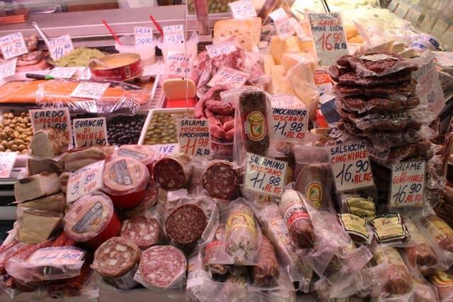 Mercato-Sant-Ambrogio11