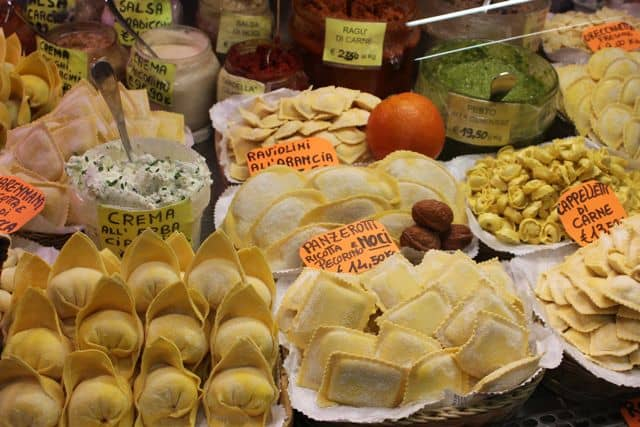 Mercato-Sant-Ambrogio15