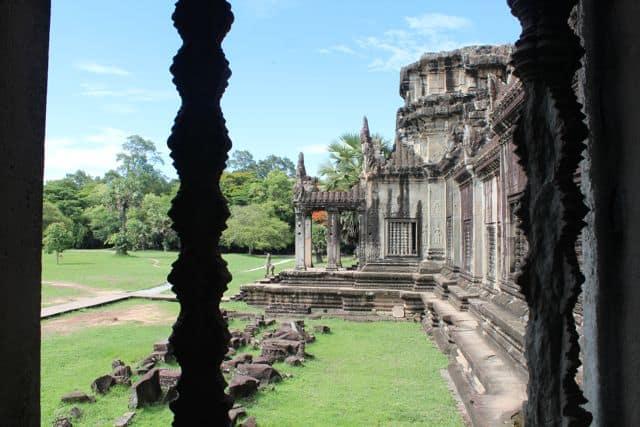 Angkor-Wat-Fahrrad03