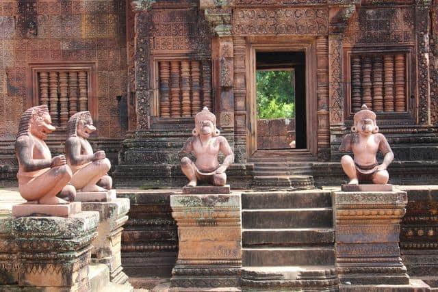 Tuktuk-Angkor-Wat-206