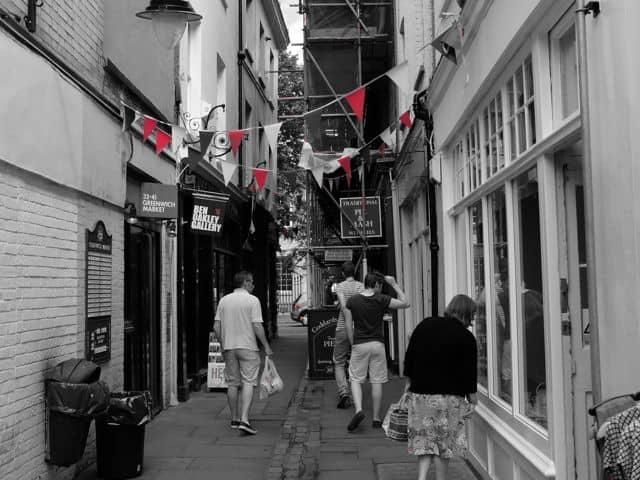 London-rot32