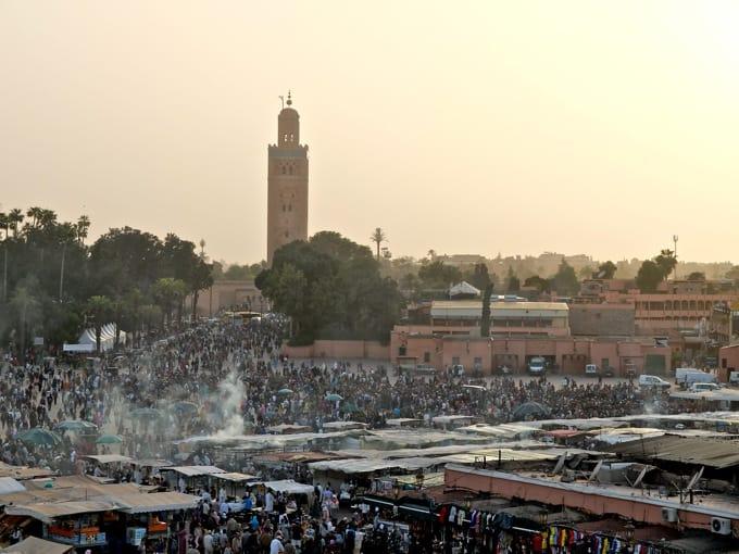 Marrakesch Guide – Tipps, Ausflüge, & Sehenswürdigkeiten {Marokko}: Djemaa el Fna