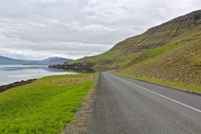 Island-Hvalfjoerdur-nach-Borganes09