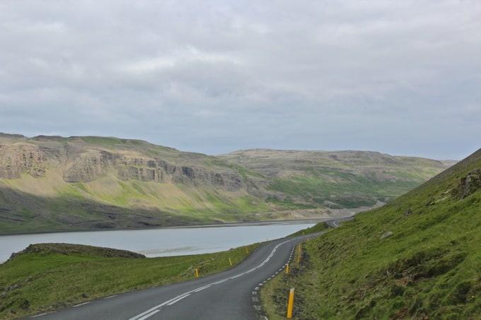 Island-Hvalfjoerdur-nach-Borganes17