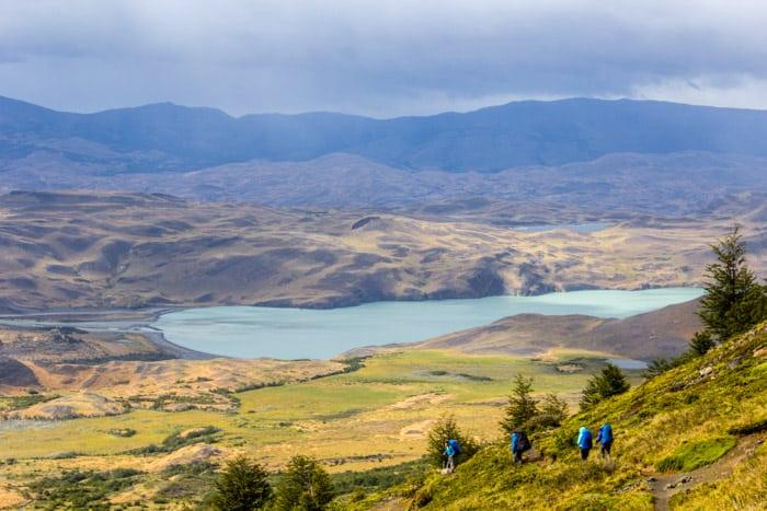 Torres del Paine W-Trek: Alle Infos, Tipps & Erfahrungen -  Abstieg zum Hotel Las Torres vom Camp Torres