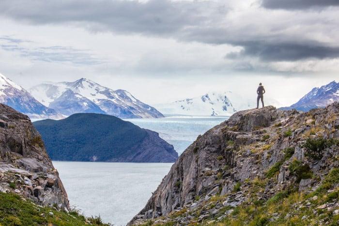 Torres del Paine W-Trek: Alle Infos, Tipps & Erfahrungen - Erster Blick auf den Grey Gletscher