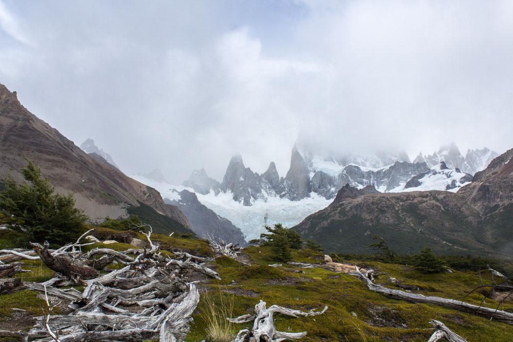El Chaltén - Wanderung zur Laguna Los Tres - Fitz Roy im Nebel