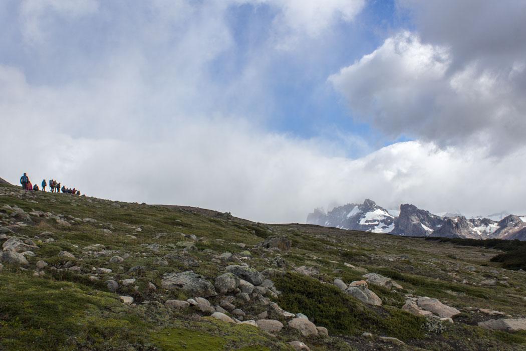 El Chaltén - Wanderung zum Loma del Pliegue Tumbado - die Landschaft wird karger