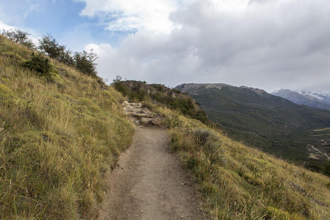 El Chaltén - Wanderung zur Laguna Los Tres - schmale Pfade