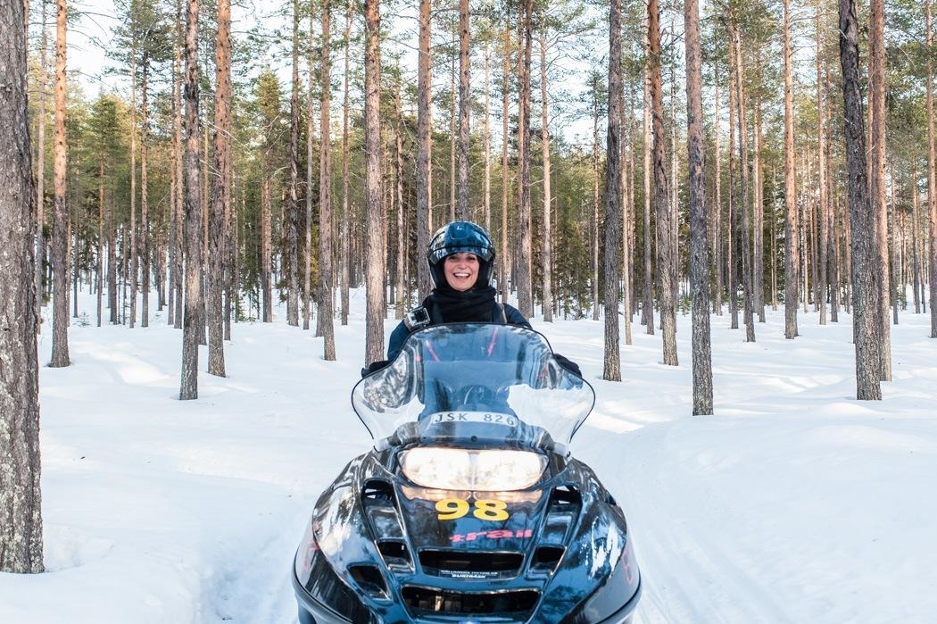 Schwedisch Lappland - 7 Abenteuer, die du erleben musst! z.B. Schneemobil Safari