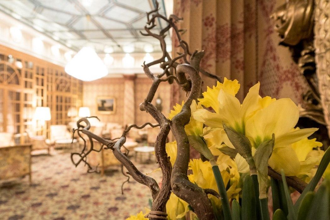 St. Moritz & das Rezept für ein perfektes Schneewochenende: Kulm Hotel St. Moritz, Lobby