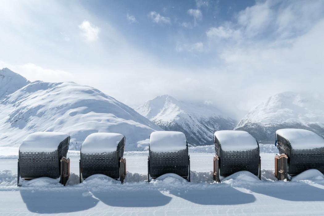 St. Moritz & das Rezept für ein perfektes Schneewochenende: Muottas Muragl Strandkörbe im Winter