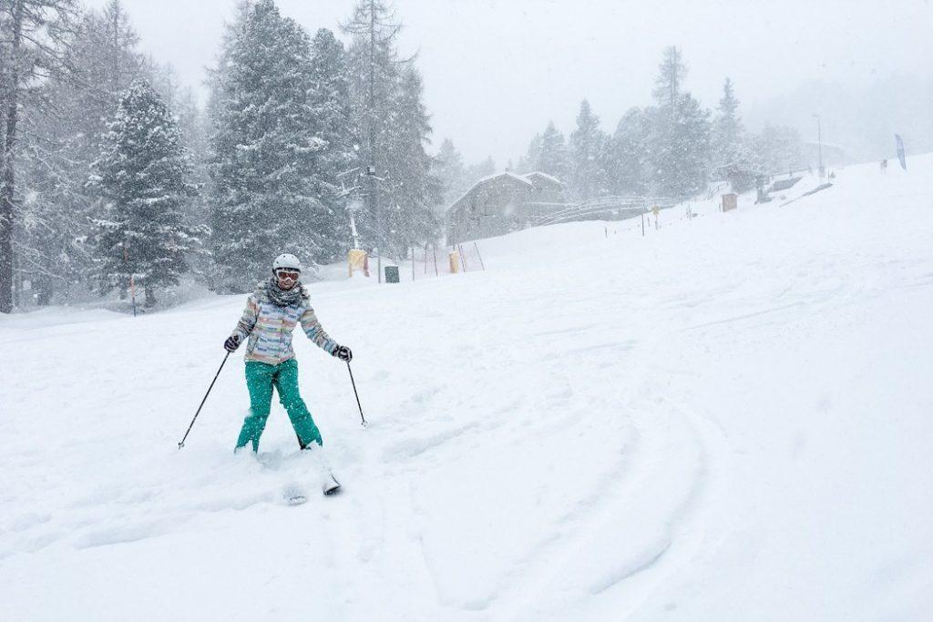 Skifahren lernen als Erwachsene #7 - Skiyoga und erste Tiefschneeerfahrungen in St Moritz (Skitag 17)