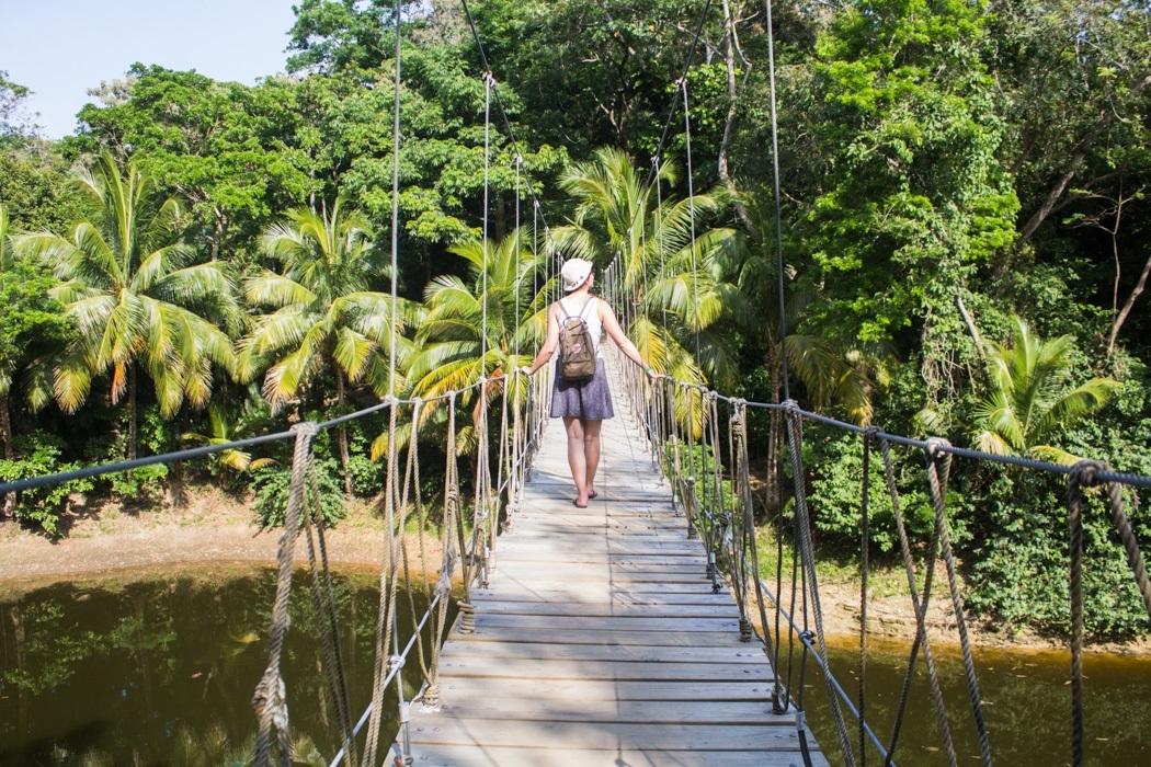 Honduras - 12 Gründe, warum das Land auf deine Bucket List gehört! - Hängeseilbrücke