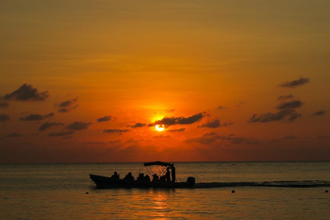 Honduras - 12 Gründe, warum das Land auf deine Bucket List gehört! - Sonnenuntergang