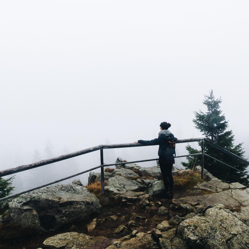 Der Achtermanngipfel im Nebel