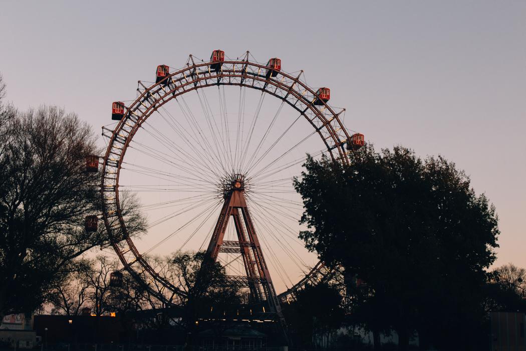 Wien Sightseeing Tipps: Über den Prater bummeln (oder zumindest das Riesenrad fotografieren)