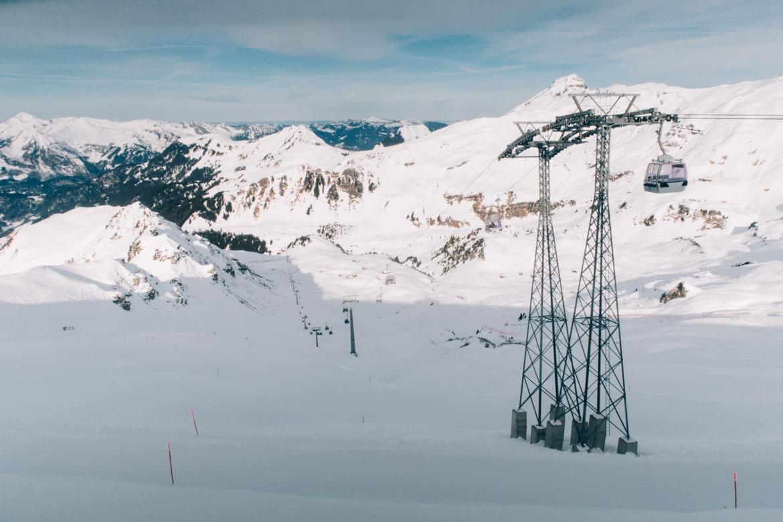 Jungfrau Region / Schweiz - Blick vom Alpen Tower auf 2250 Metern