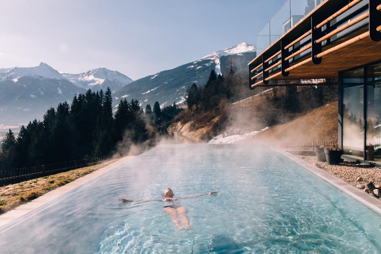 Designhotel Das Goldberg - Frühlingsauszeit im Gasteiner Tal / Salzburger Land: Infinity Pool