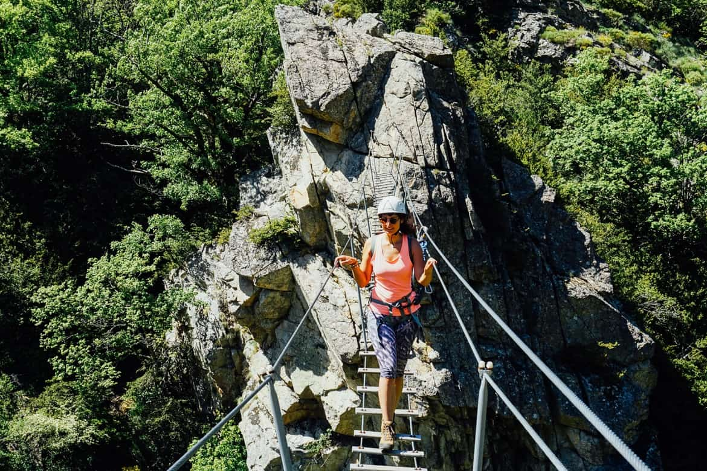 Lozere - der Klettersteig Via Ferrata des Rousses - Highlight Hängeseilbrücke