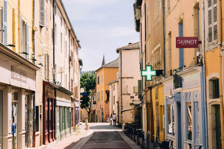 Burgund - Die mittelalterlichen Gassen von Cluny
