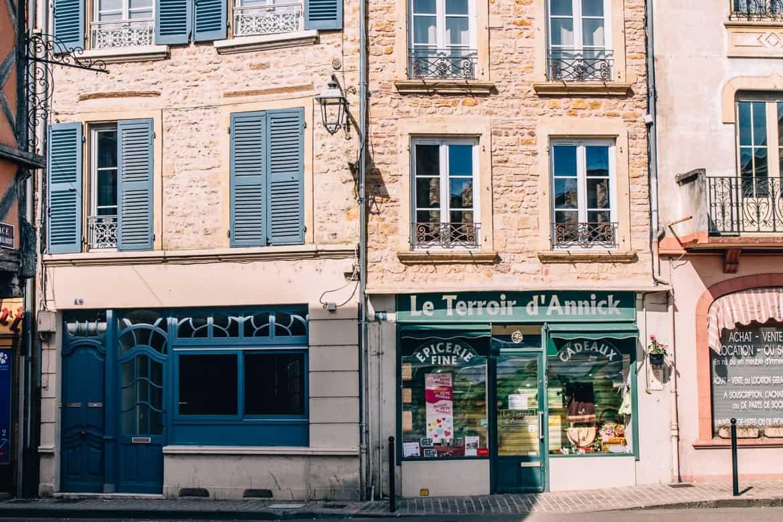 Auvergne / Loire: Start in Charlieu