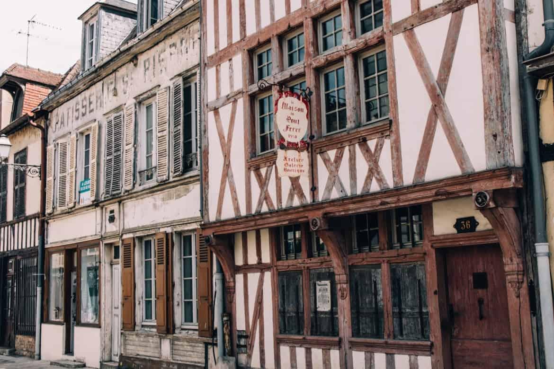 Troyes - Ein Tag im Herzen der Champagne: Sightseeing / Fachwerkkulisse
