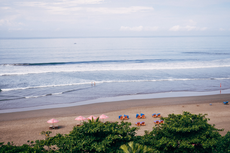 Anantara Seminyak, Bali - Blick von der Dachterasse aufs Meer