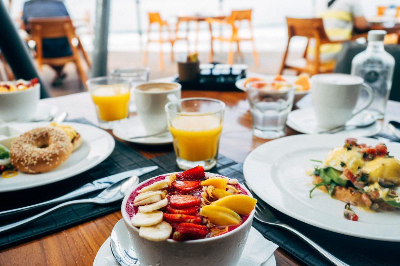 Anantara Seminyak, Bali - Frühstückshimmel