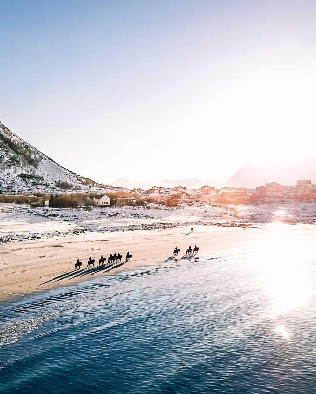 März Update - Die Nordländerin in mir und wie ich mich in die Lofoten verliebte: Strand nahe Gimsøya