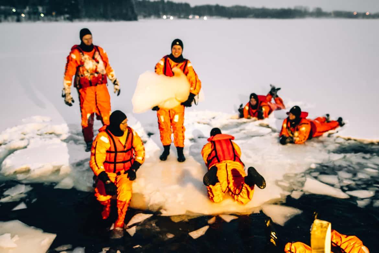 Vuokatti-Finnland-Winter-Abenteuer-Eisbaden-2