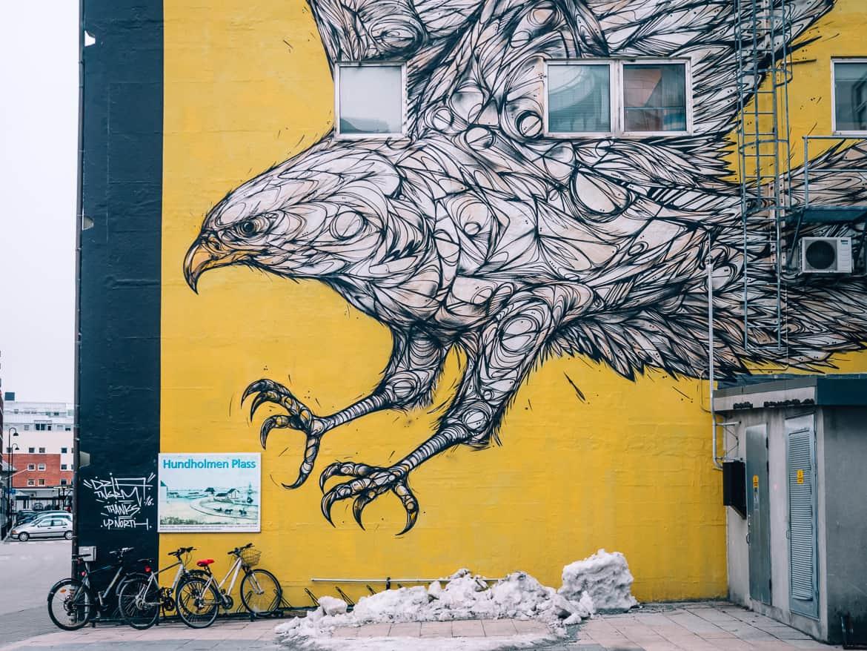 "Bodø - Nordlichter, Streetart & unbändige Natur in Nordnorwegen - Streetart ""Golden Eagle"""