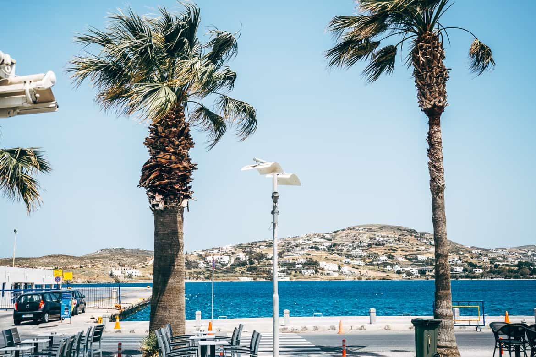 Urlaub auf Paros - Inselhopping auf den Kykladen: Der Hafen von Parikia