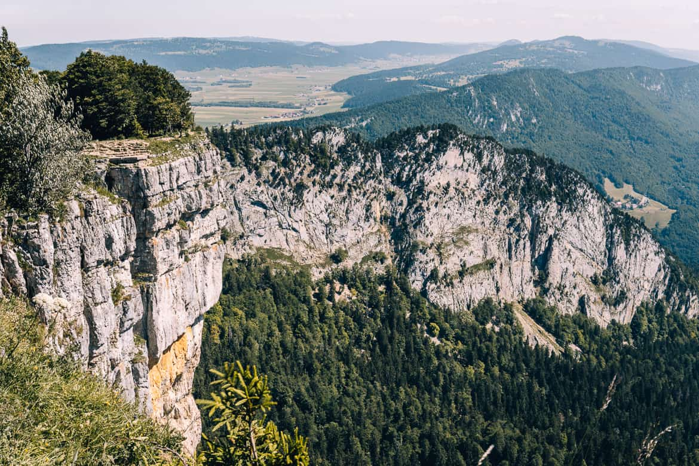 Jura & Drei-Seen-Land - 6 besondere Orte zum Natur genießen - Creux du van