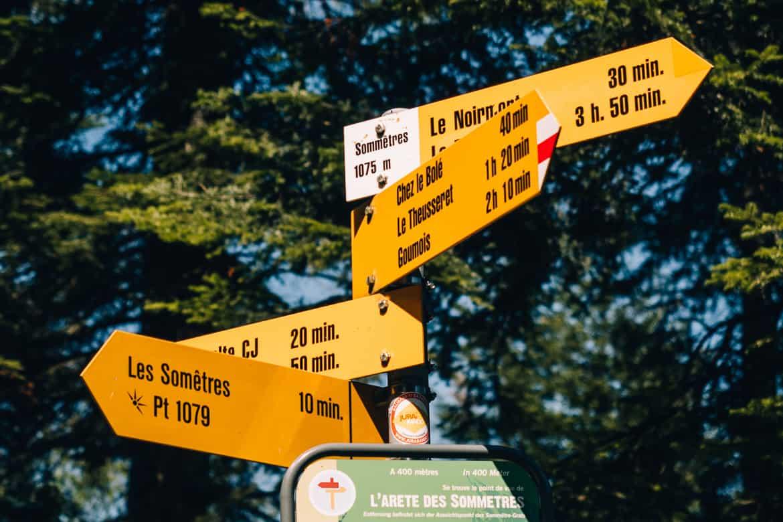 Jura & Drei-Seen-Land - 6 besondere Orte zum Natur genießen - Auf dem Weg zum Sommetre Grat