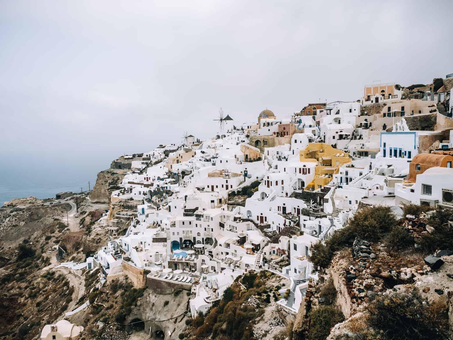 Santorini Travel Guide: Blick auf Oia