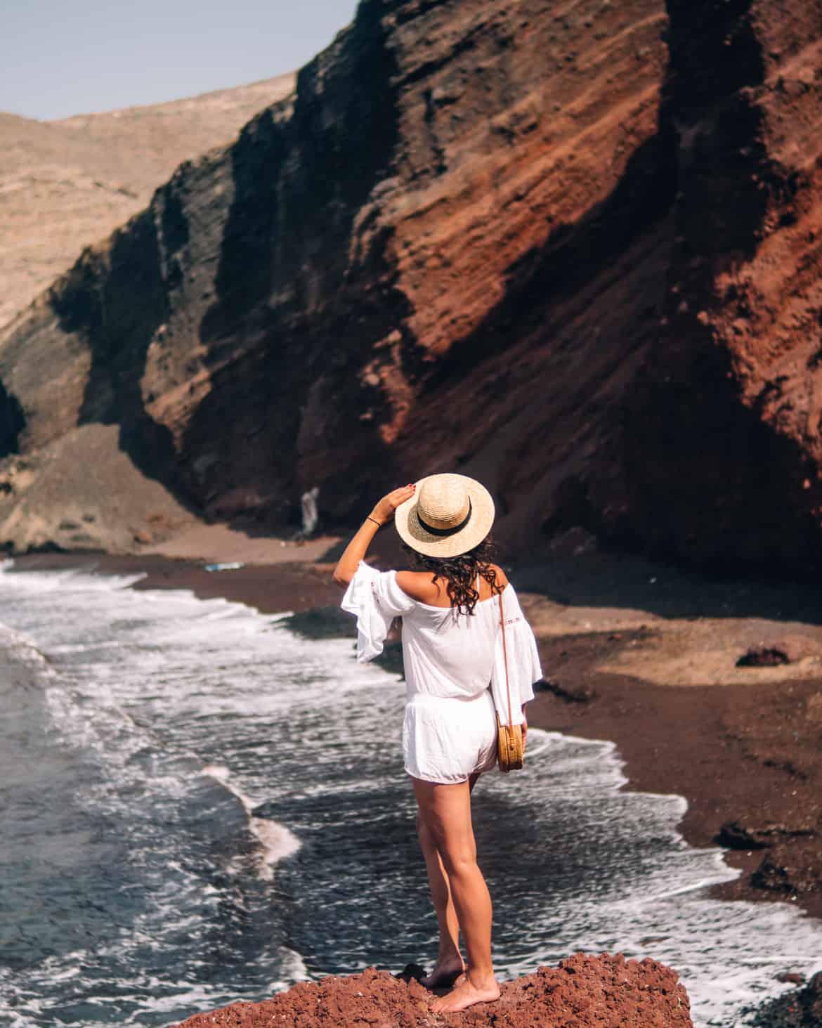 Santorini Travel Guide: Kokkini Paralia / Red Beach