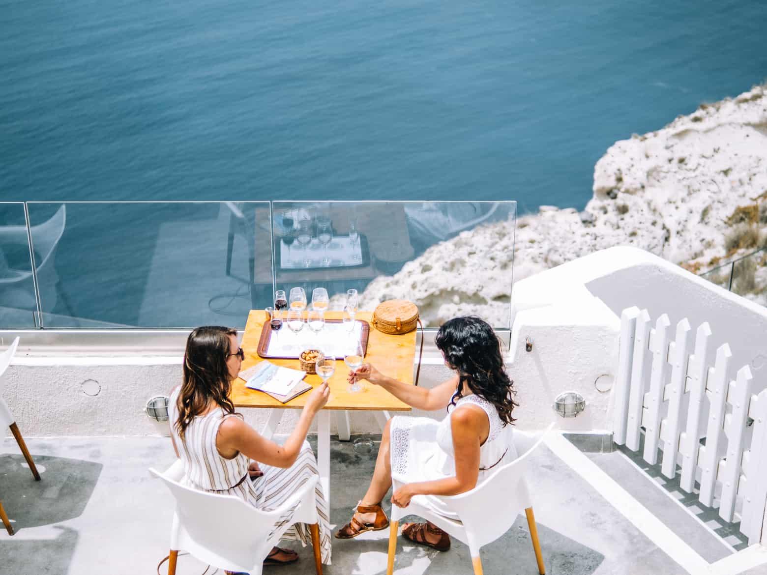 Santorini Travel Guide: Weinprobe mit Aussicht in der Santo Winery