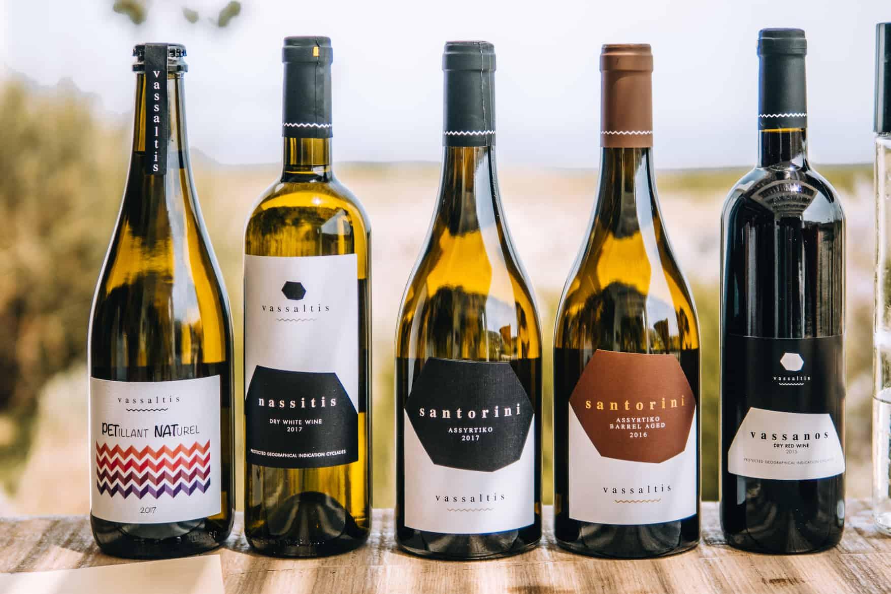 Santorini Travel Guide: Weinauswahl in der Vassalitis Winery
