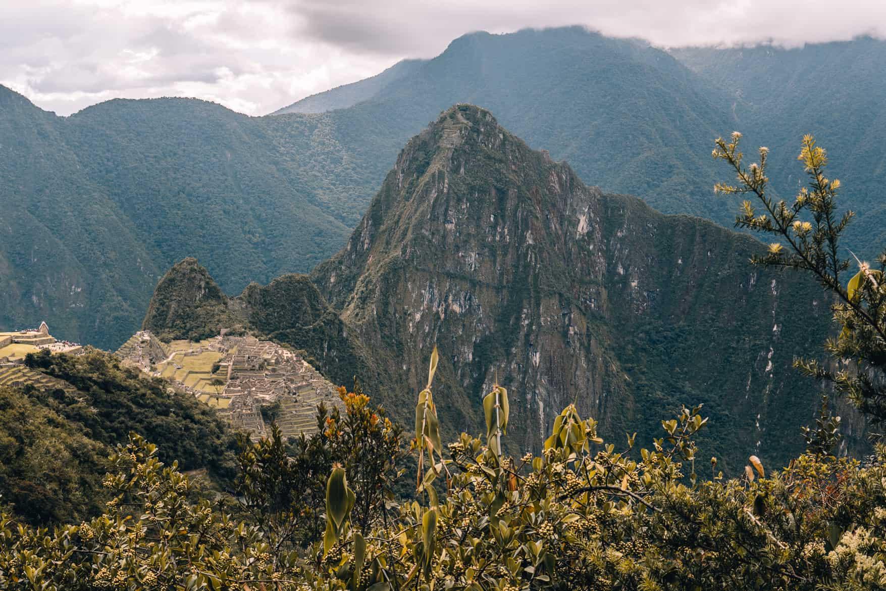 Machz Picchu Guide - Sun gate = Sonnentor
