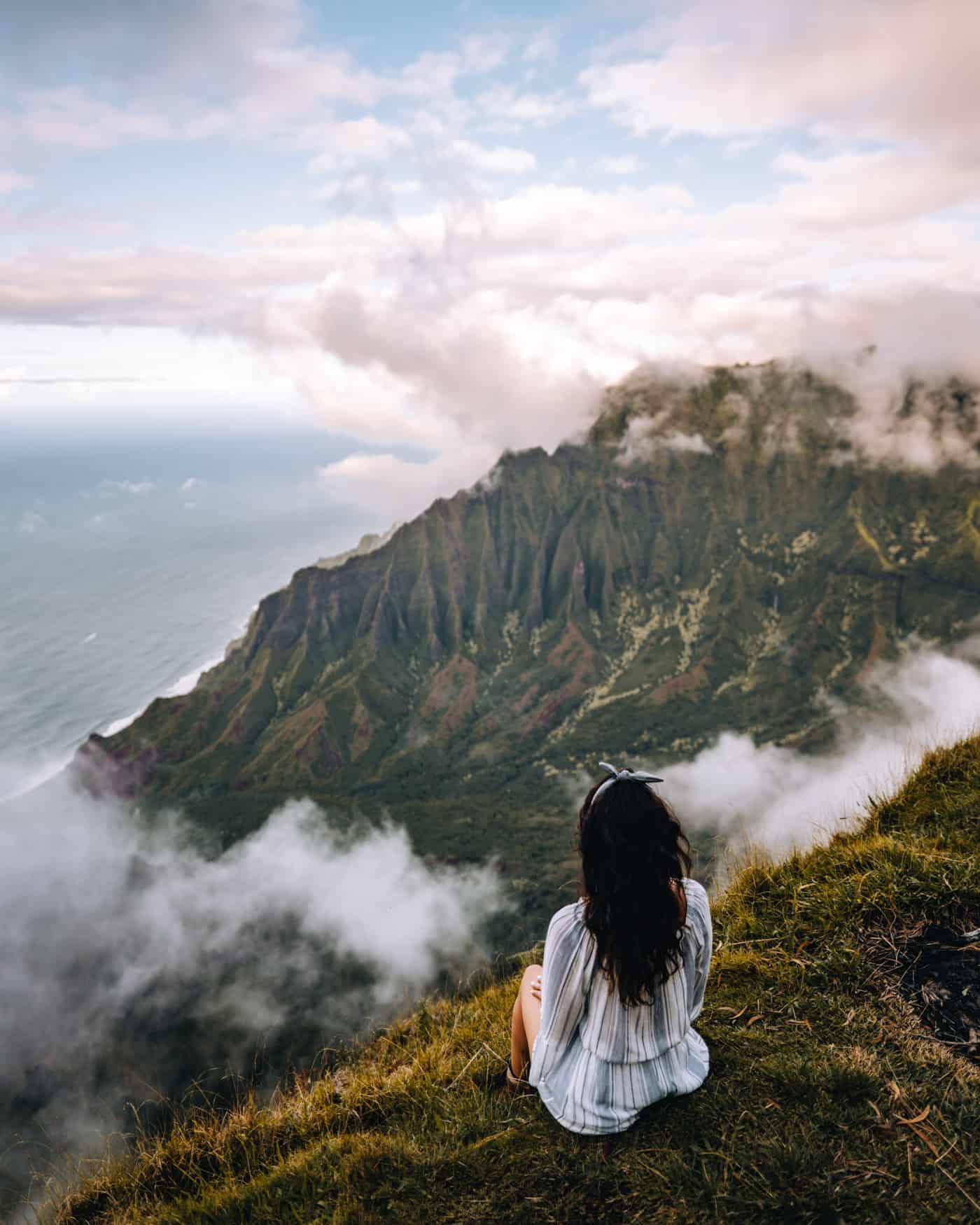 Kauai - Strände, Wandern & Ausflugsziele: Aussicht auf die Na Pali Coast vom Kalepa Ridge Trail