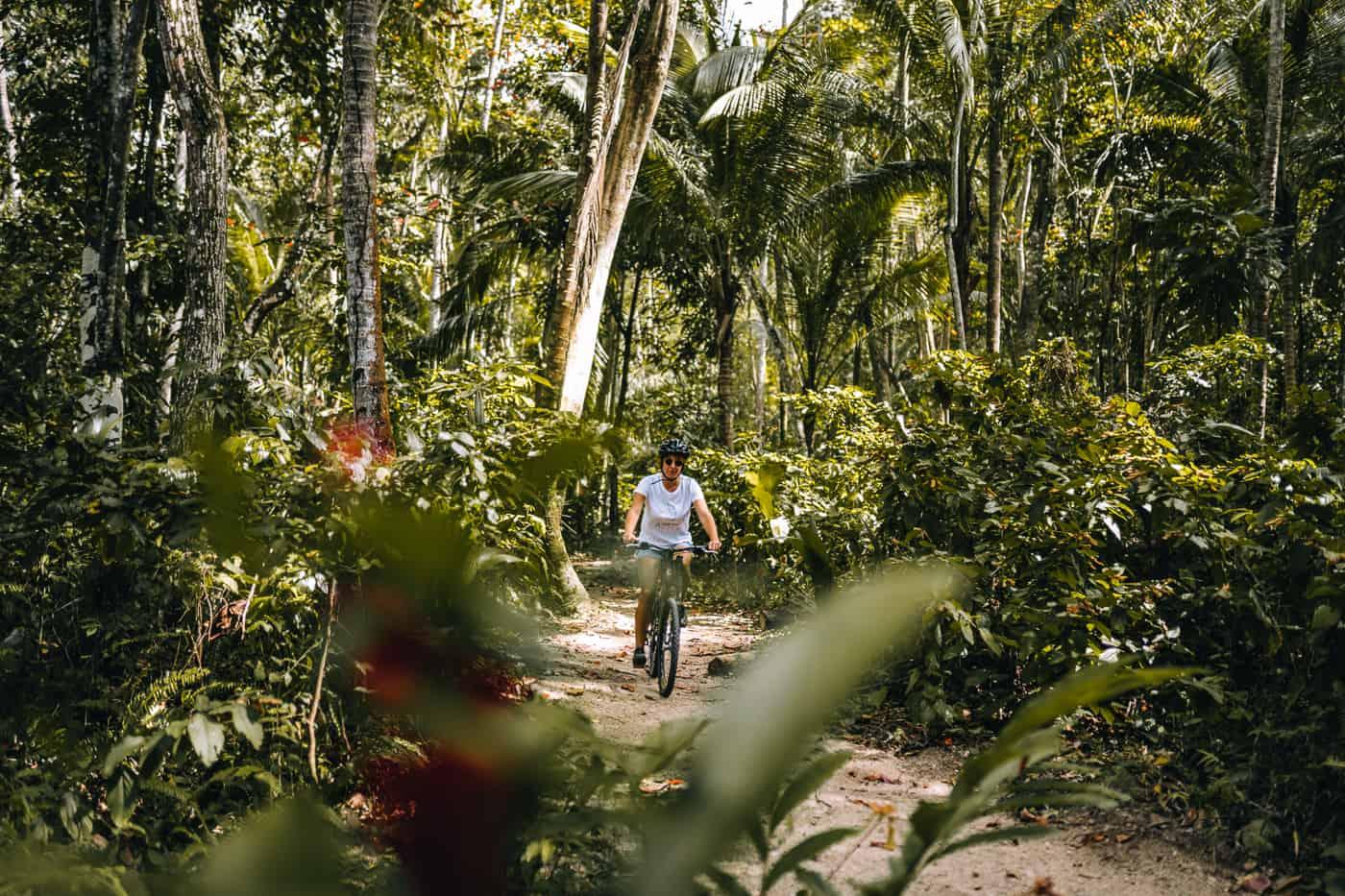 Saint Lucia - Tipps, Sehenswürdigkeiten, Strände & Ausflugsziele auf der Karibik-Insel: Anse Mamin Mountainbike