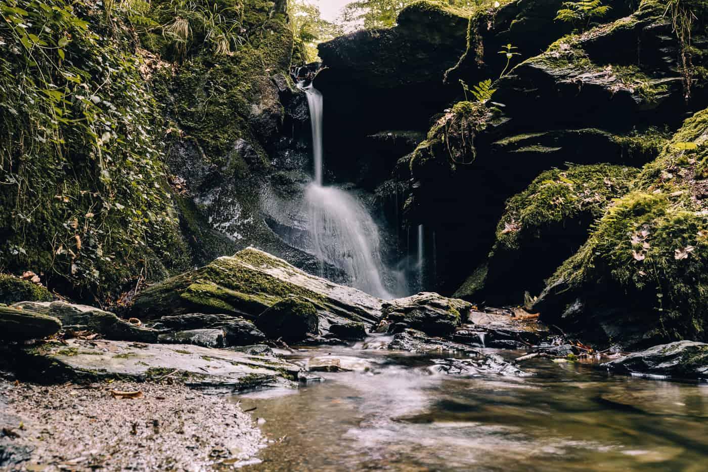 Baybachklamm Traumschleife Wanderung - Wasserfall am Frankenweiler Bach