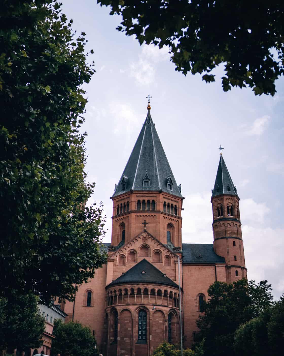 Mainz - Sehenswürdigkeiten, schönste Ecken, Essens- & Insider Tipps: Mainzer Dom
