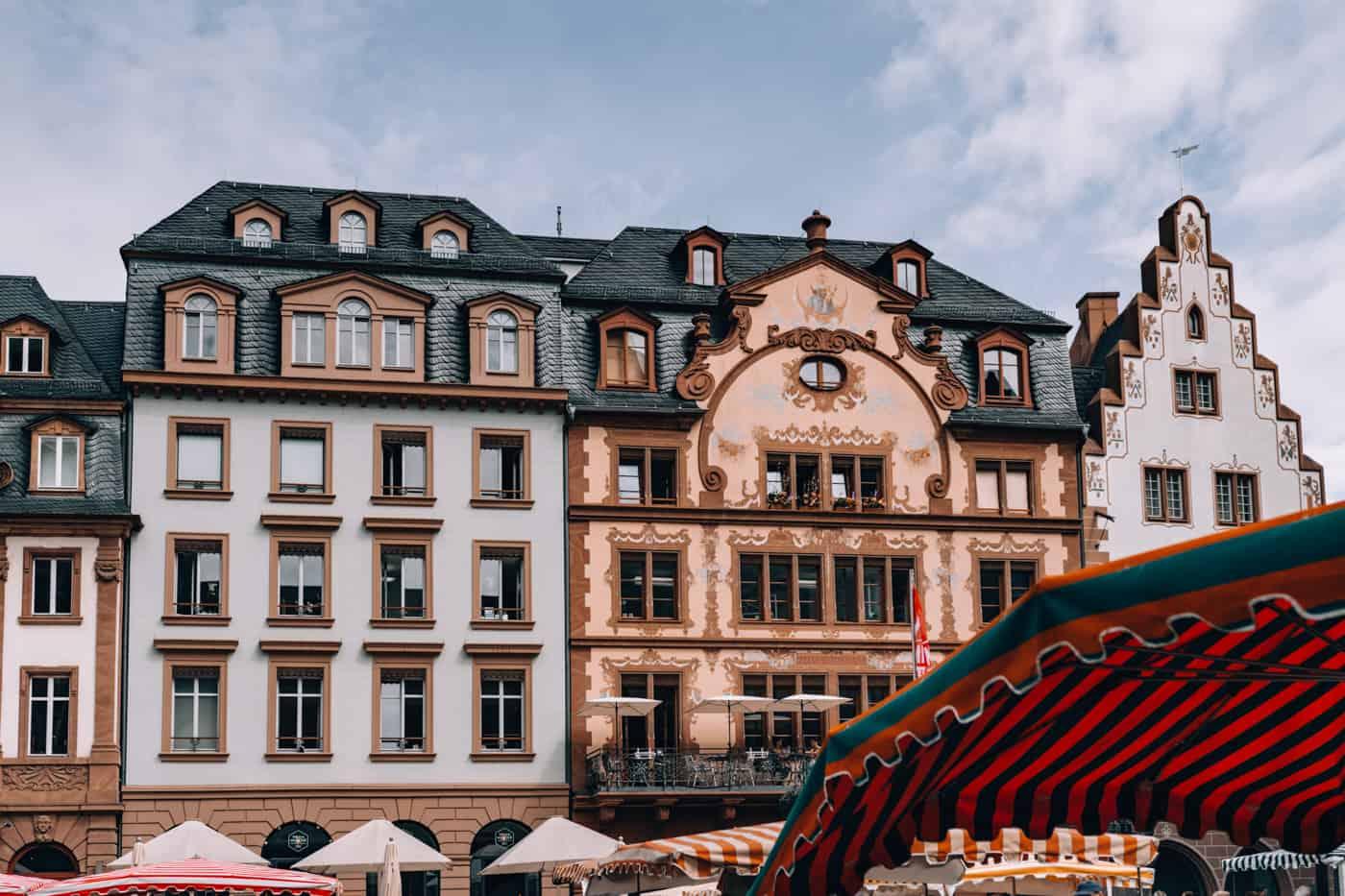 Mainz - Sehenswürdigkeiten, schönste Ecken, Essens- & Insider Tipps: Marktplatz