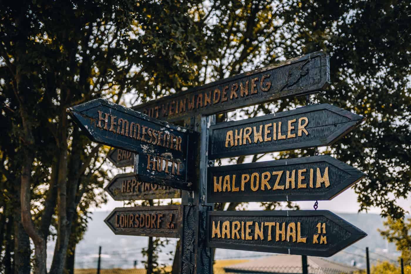 Auf dem Rotweinwanderweg durch das Ahrtal: Bad Neuenahr-Ahrweiler