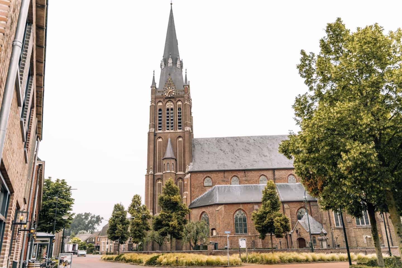 Rund um 's-Hertogenbosch - Camping im Herzen von Brabant: Radfahren in De Maashorst & 's-Hertogenbosch