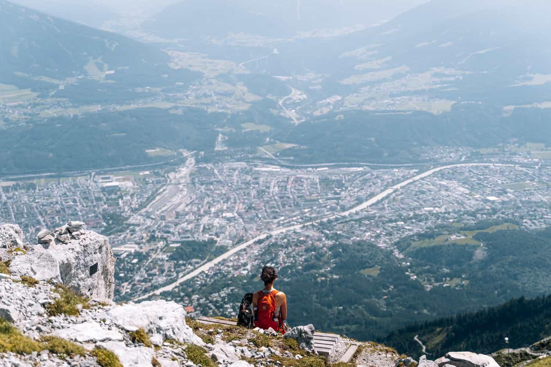 Innsbruck mit Hund - Wanderung vom Hafelekar über den Goetheweg zur Mandlspitze